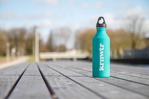 KRNWTR-herbruikbare-rvs-fles-mintgroen